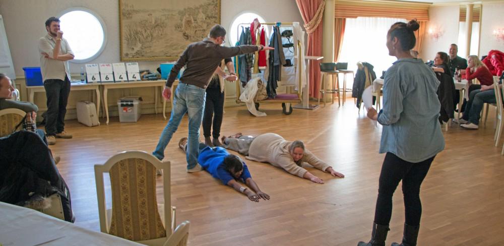 Teatersport spiller scene