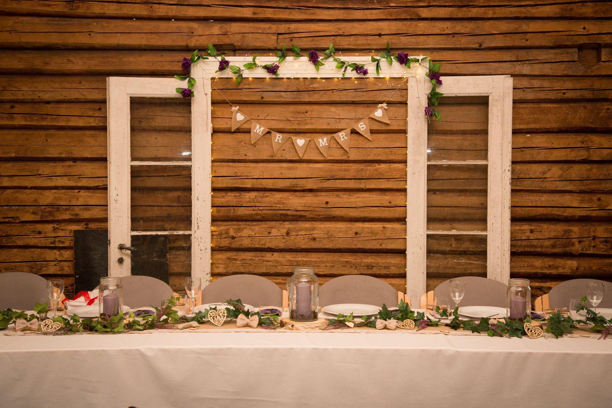 bord dekket til bryllupsfest